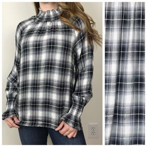 JANE & Delancey Metallic Plaid Mock Neck Top Med